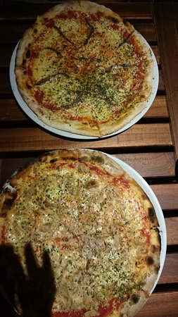 Vis, Chorwacja: smoked fish pizza, tuna pizza