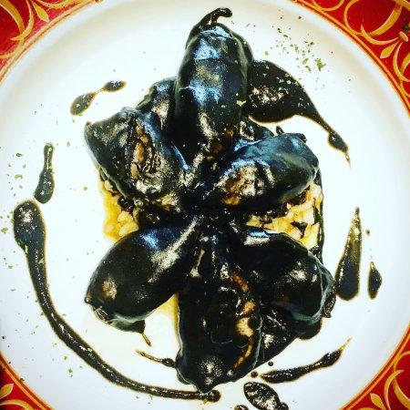 Restaurante Vienes: ENCORNETS A L'ENCRE DE SEICHE