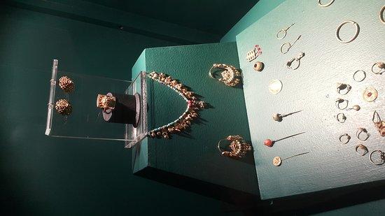 Sivas Arkeoloji Müzesi Yarhisar Köyü Buluntusu 2_large.jpg