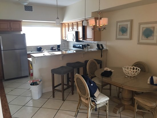 The Sands at Grace Bay: 1br oceanview suite, bldg. 3. Pictured before checkout so room is a little messy. Note the 1 sho