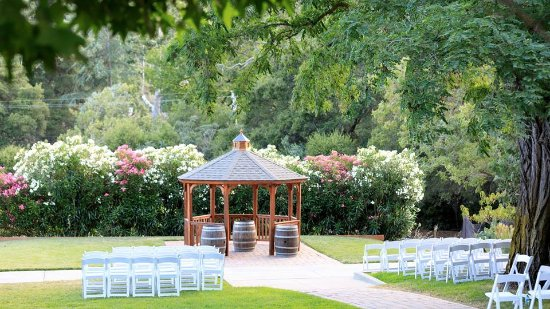 Sunol, Καλιφόρνια: South Lawn - Wedding Ceremony Lawn