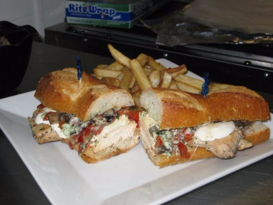 North Plainfield, NJ: Chicken Italiano Sandwich