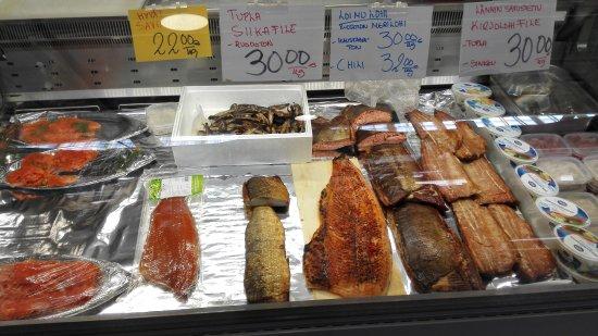 Markthalle in Kuopio, Fischangebot