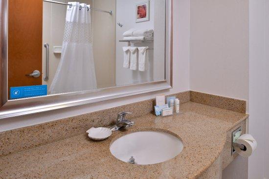 คอร์ตแลนด, นิวยอร์ก: Bathroom Sink