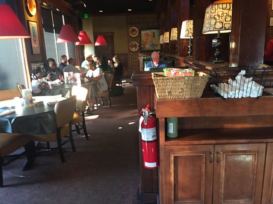 Ruby Tuesday: The dining room