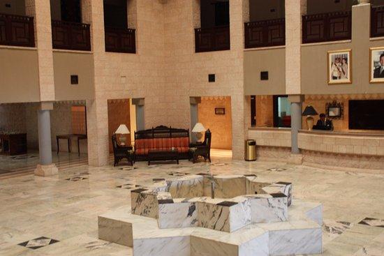Movenpick Nabatean Castle Hotel : Lobby del hotel