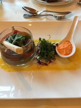 Edelweiss Grossarl: Alcuni piatti serviti a cena e la piscina