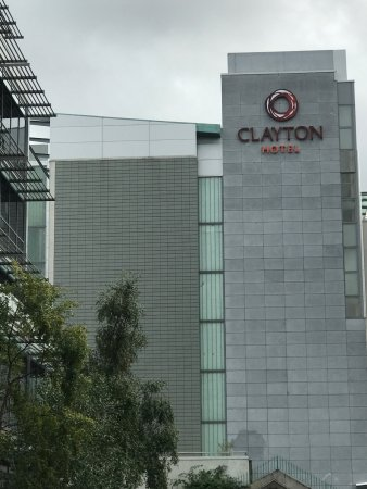 Clayton Hotel Cardiff Lane Reviews