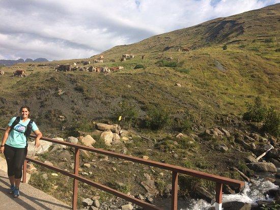 Cerler, Spanyol: Ruta bonita y fácil de hacer. El final, llegando a las cascadas, es algo más estrecho pero impre