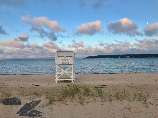 Greenport, NY: Nearby Beach