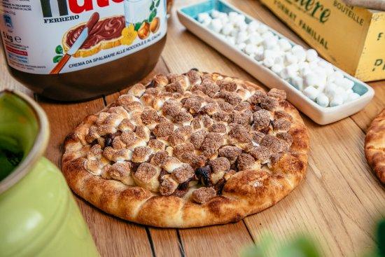 Tsawwassen, Canada: desert pizza