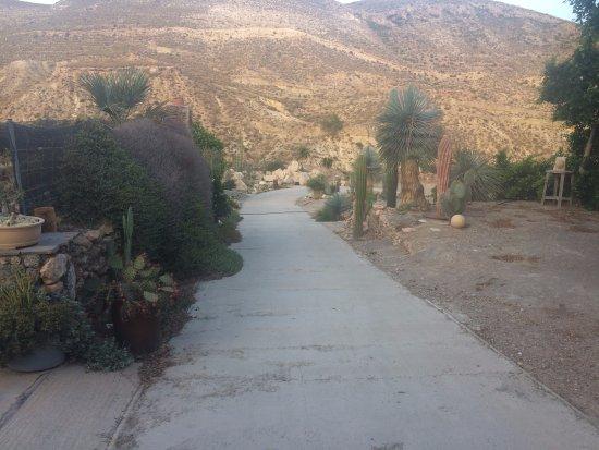 Nijar, Spain: Bajada a jardín