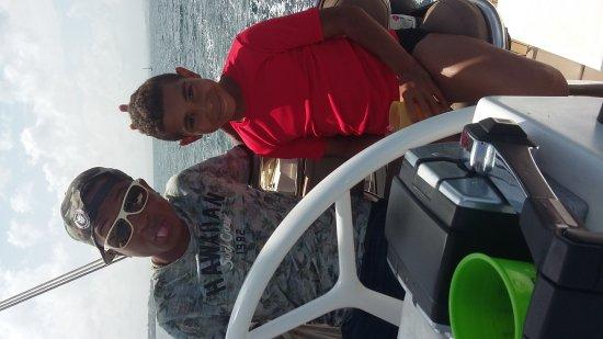 Trois-Ilets, Martinique: Excellente  journée  sur le royal mambo avec toute  l'équipe  de yohan.  Bonne  continuation