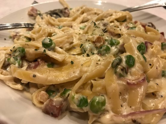เคปกิราร์โด, มิสซูรี่: Pasta Carbonara - Bella Italia, Cape Girardeau MO