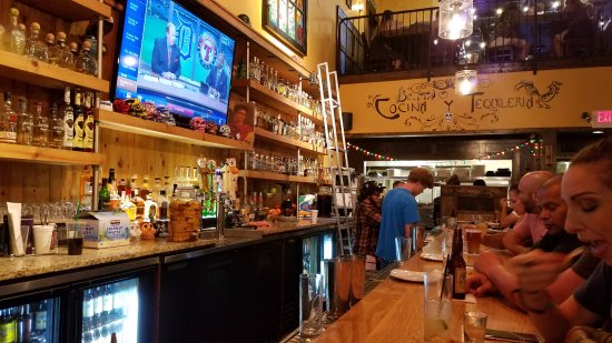 Plymouth, MI: Bar