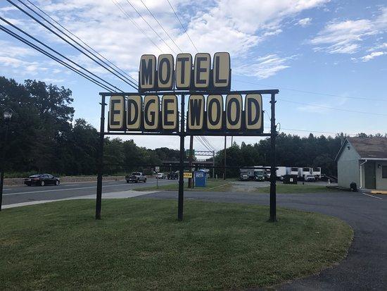 エッジウッド Picture