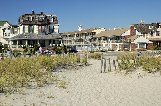 The stockton inns cape may recenze a srovn n cen for Blue fish inn cape may nj