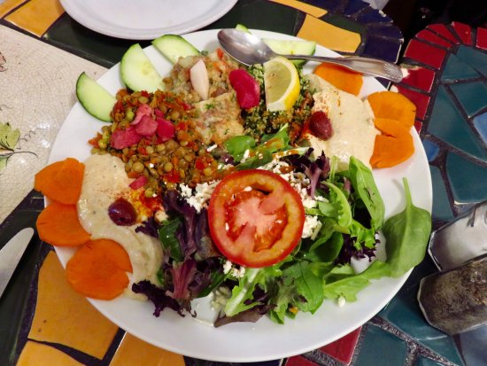 La Mediterranee: Salad