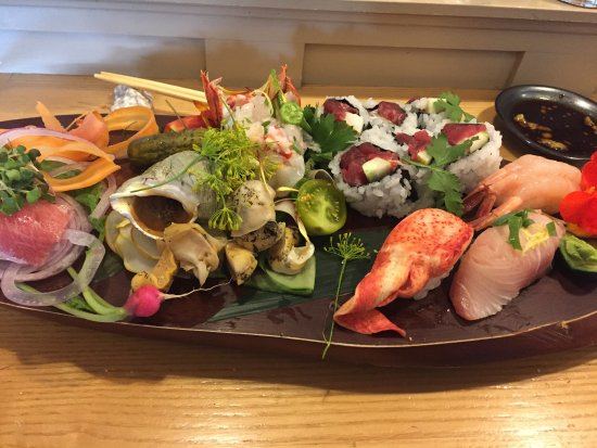 Suzuki's Sushi Bar: photo0.jpg