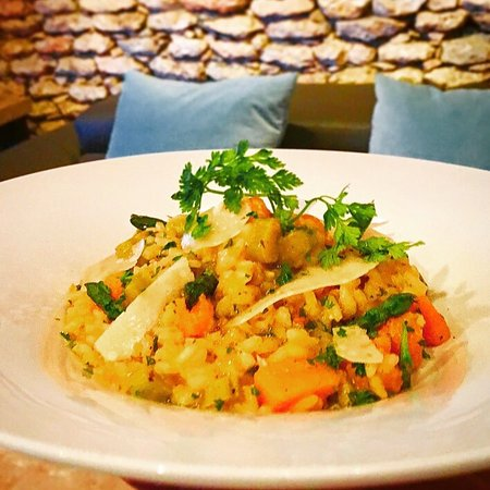 Cupecoy Bay, St Martin / St Maarten: ESCAPE Foie gras, roasted butternut squash & asparagus risotto & coconut shrimp!