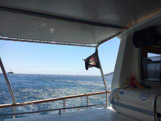 Croisière découverte de l'île de Despotikos et des falaises d'Antiparos