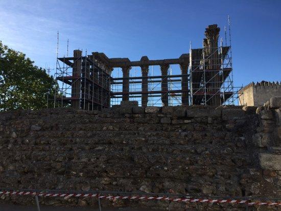 Templo Romano de Évora (Templo de Diana): photo1.jpg