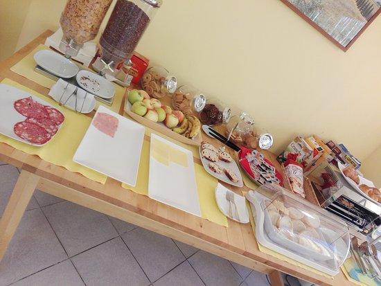 Ai Cipressi Bed & Breakfast: IMG_20170817_100556_large.jpg