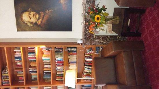 Hotel Rembrandt : Due stelle da non sottovalutare