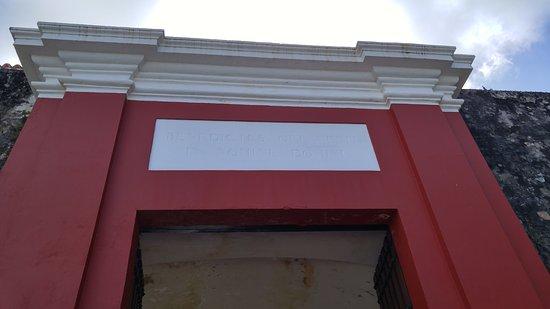 Puerta de San Juan: Top view of the gate