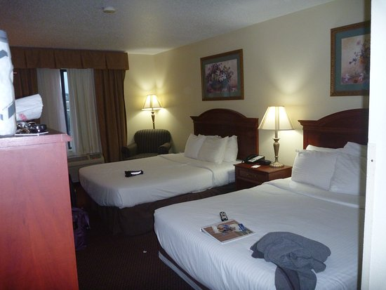 USA Stay Hotel and Suites: Clean room