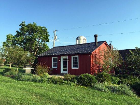 Goodstone Inn & Restaurant: Bull barn