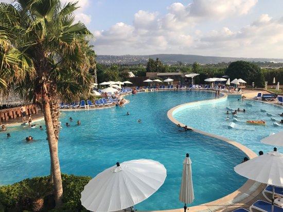 Turquoise Bay Dive & Beach Resort, Roatan - YouTube