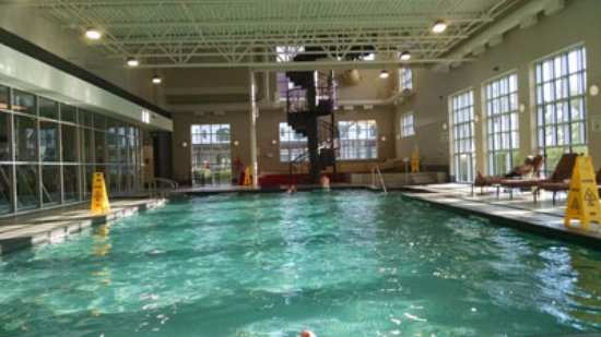 Indoor pool with slide  Indoor pool with 3 story water slide - Picture of The Algonquin ...