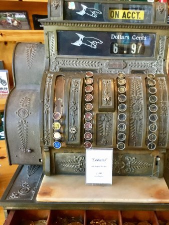 Victoria, Canada: Antique cash register
