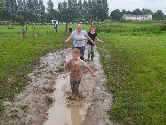 Cullompton, UK: Even running inbetween challenges was fun!!!!