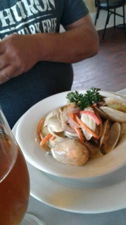 Georgetown, Canadá: Steamed clams $14