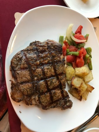 The Beehive: Delicious Steak