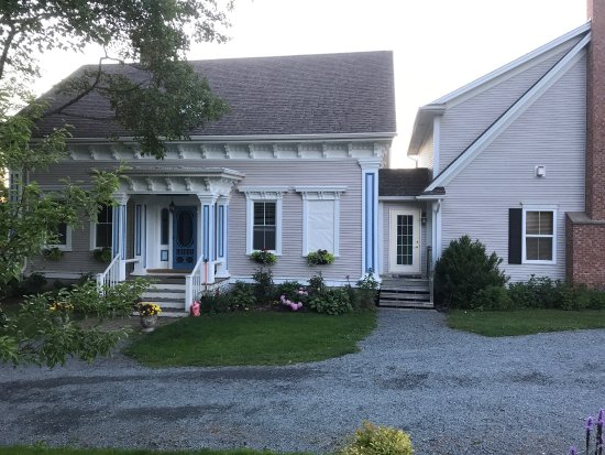 Cresthaven By The Sea , A Waterfront B&B: photo0.jpg