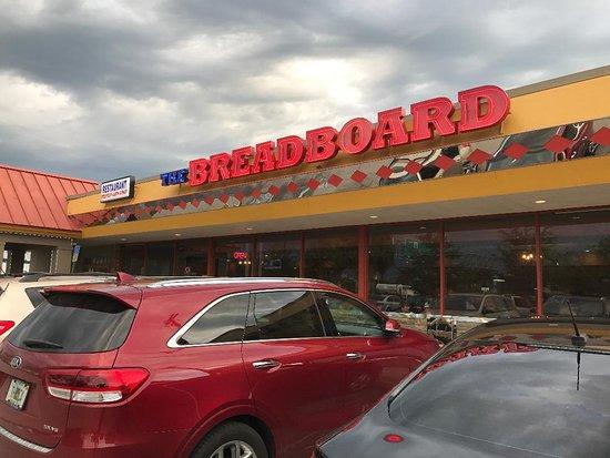 Bartow, FL: Breadboard outside