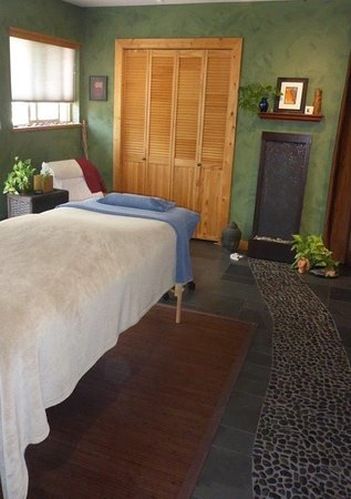 Wellborn Bodyworks: A peaceful, beautiful environment in which to relax.