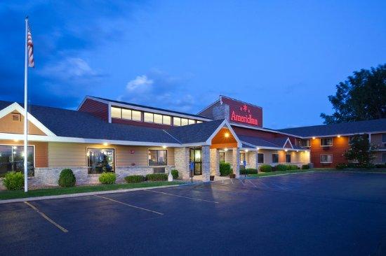 AmericInn Lodge & Suites Fergus Falls - Conference Center: Fergus Falls Exterior