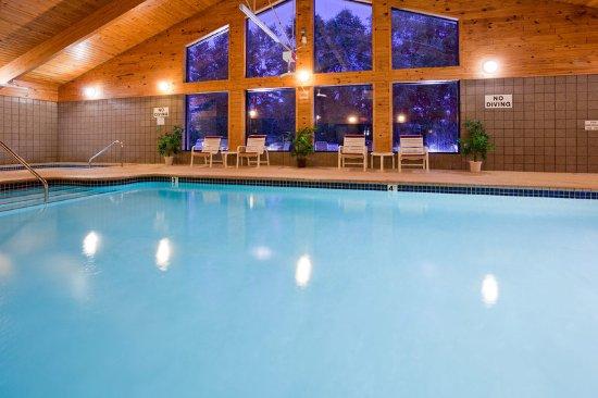 Americ Inn White Bear Lake Pool
