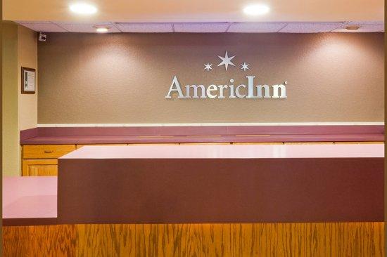 Americ Inn White Bear Lake Front Desk