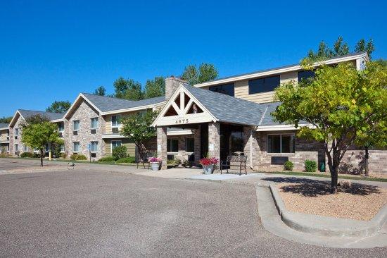 Americ Inn White Bear Lake Exterior Day
