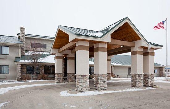 Ankeny, Iowa: Americ Inn Ankeny Exterior