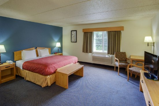 Griswold, CT: Americ Inn CTKing