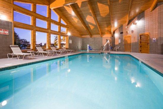 Americ Inn Rhinelander Pool