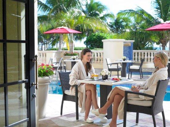 Санни-Айлс-Бич, Флорида: Acqualina Spa by ESPA