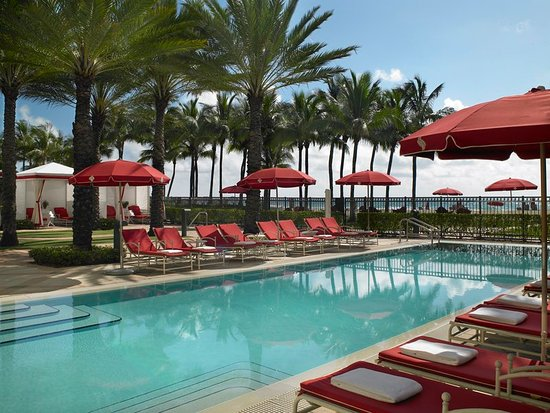 Sunny Isles Beach, FL: Recreation Pool