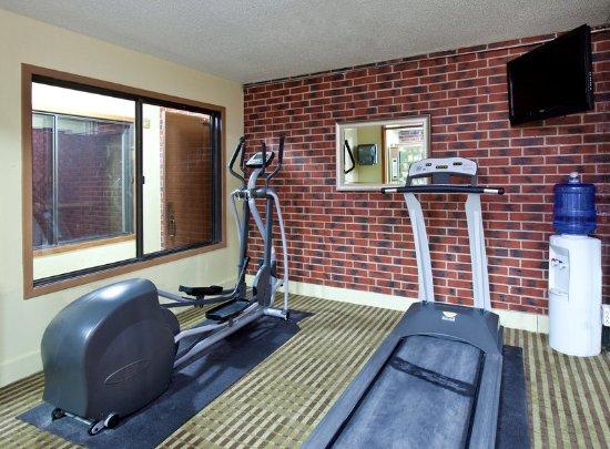 Council Bluffs Americ Inn Fitness